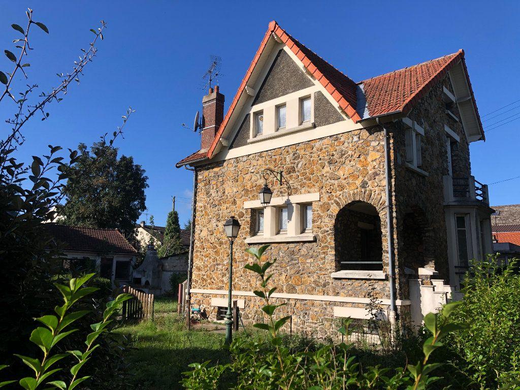Maison à vendre 6 110m2 à Le Blanc-Mesnil vignette-1