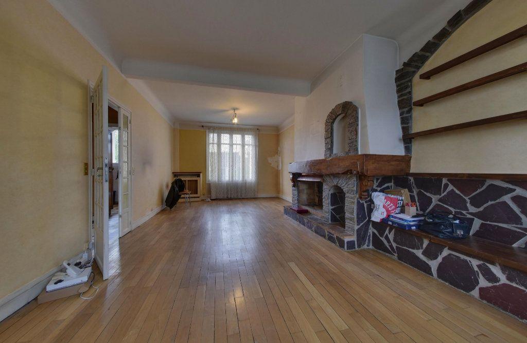 Maison à vendre 6 110m2 à Le Blanc-Mesnil vignette-3