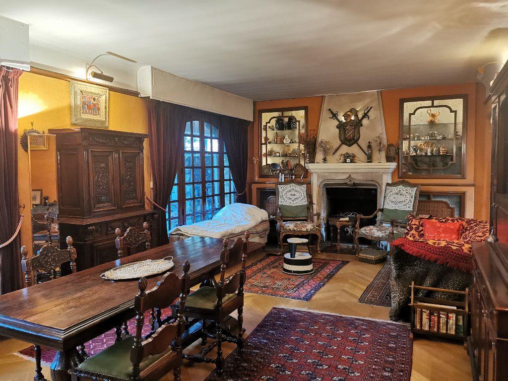 Maison à vendre 5 156m2 à Le Blanc-Mesnil vignette-3