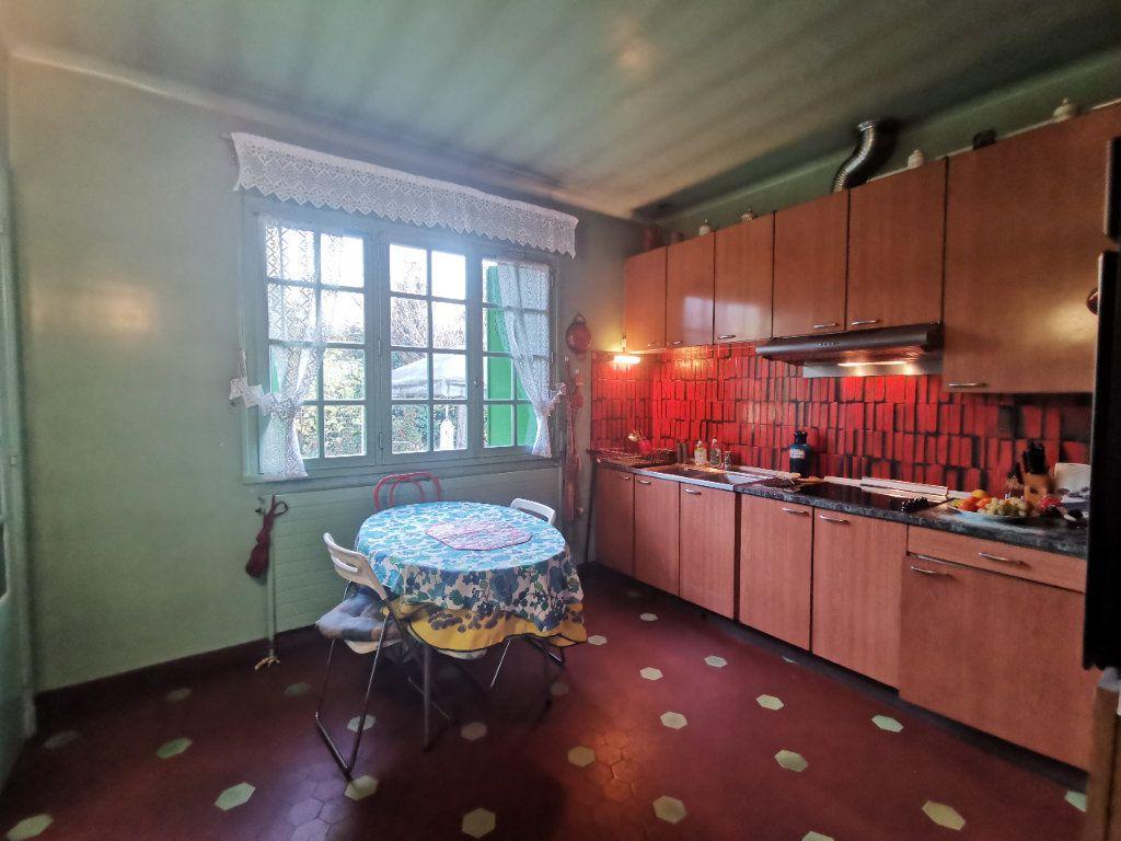 Maison à vendre 5 156m2 à Le Blanc-Mesnil vignette-4