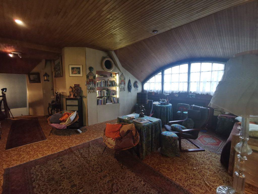 Maison à vendre 5 156m2 à Le Blanc-Mesnil vignette-8