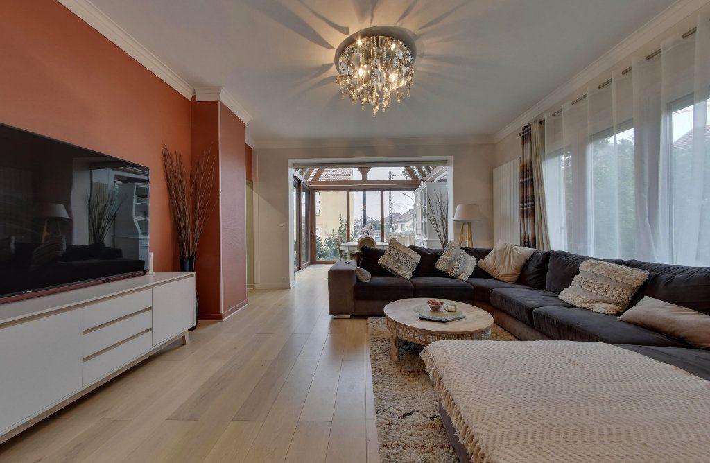 Maison à vendre 7 140m2 à Le Blanc-Mesnil vignette-2