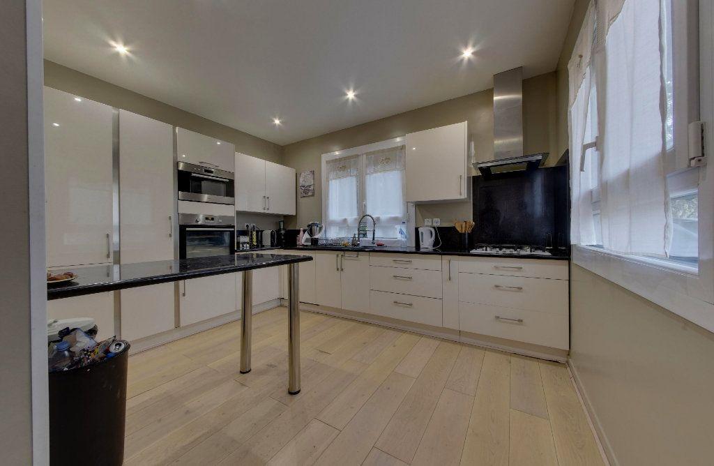Maison à vendre 7 140m2 à Le Blanc-Mesnil vignette-5
