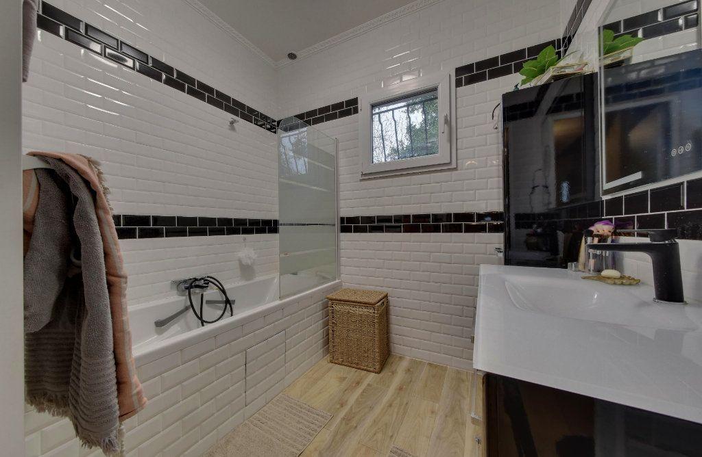 Maison à vendre 7 140m2 à Le Blanc-Mesnil vignette-9