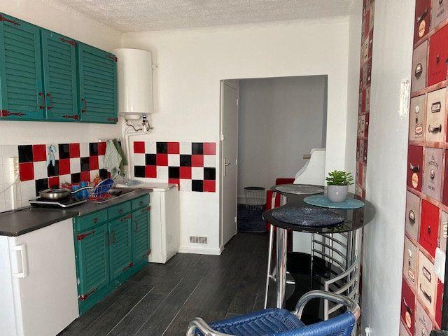 Appartement à vendre 3 53.48m2 à Le Blanc-Mesnil vignette-2