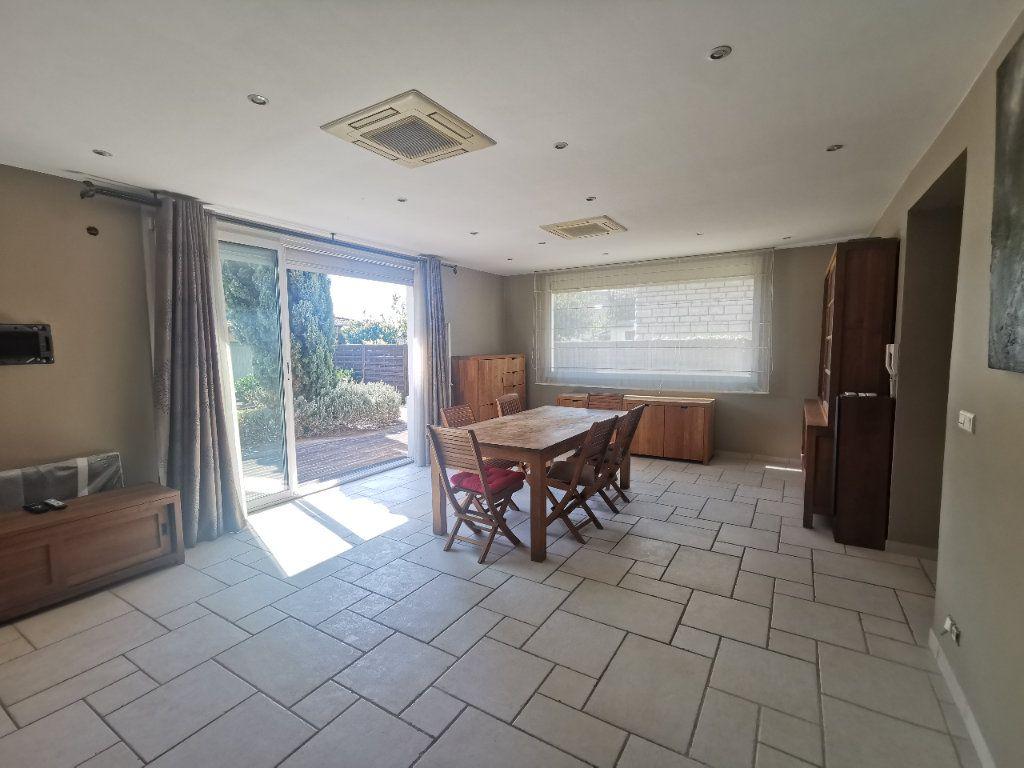 Maison à vendre 8 171.5m2 à Le Blanc-Mesnil vignette-2