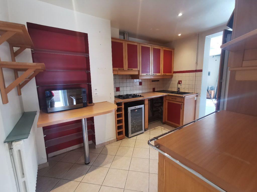 Maison à vendre 8 171.5m2 à Le Blanc-Mesnil vignette-4