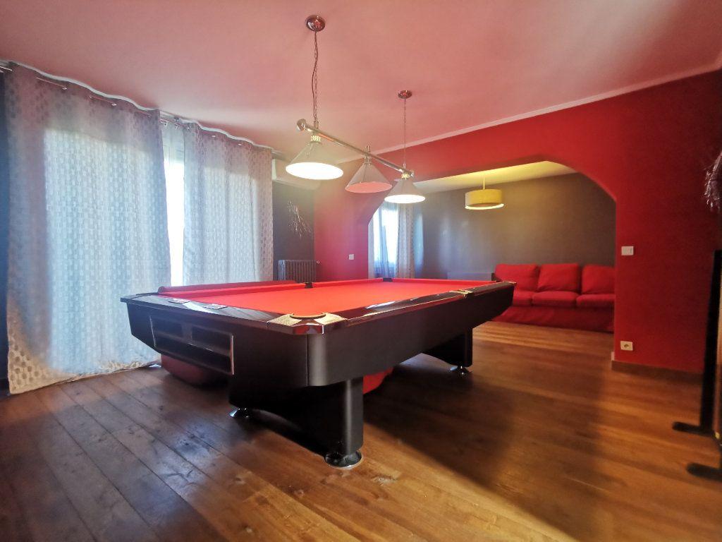 Maison à vendre 8 171.5m2 à Le Blanc-Mesnil vignette-5