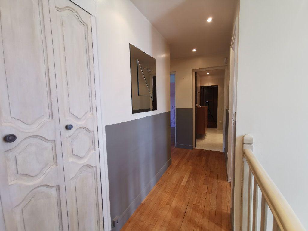 Maison à vendre 8 171.5m2 à Le Blanc-Mesnil vignette-11