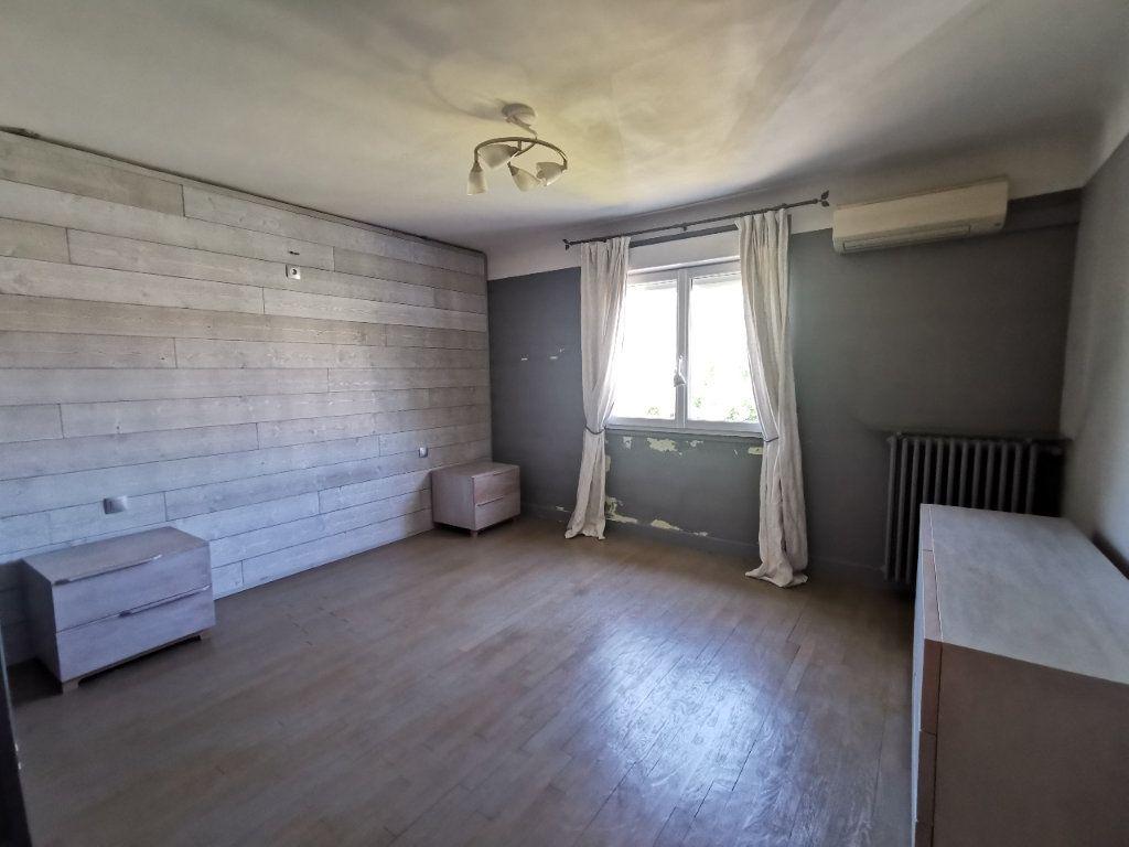 Maison à vendre 8 171.5m2 à Le Blanc-Mesnil vignette-12