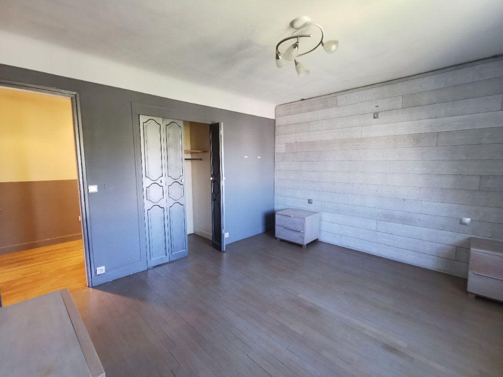 Maison à vendre 8 171.5m2 à Le Blanc-Mesnil vignette-13