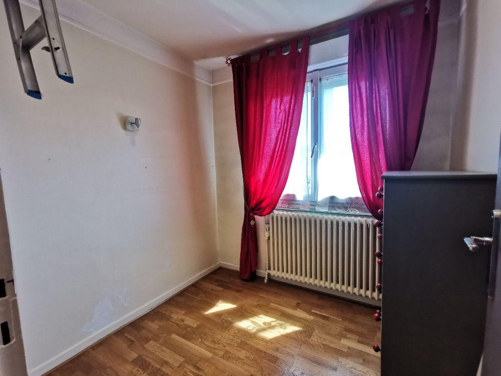 Maison à vendre 8 171.5m2 à Le Blanc-Mesnil vignette-16