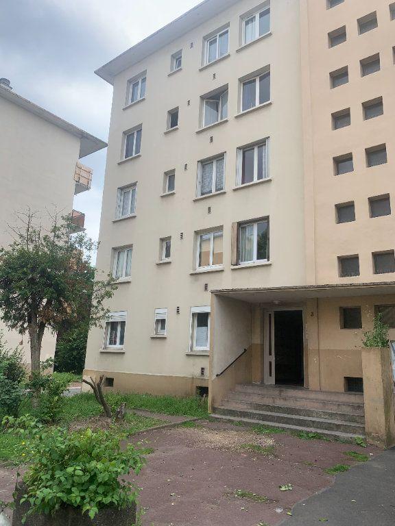 Appartement à vendre 5 70m2 à Le Blanc-Mesnil vignette-1