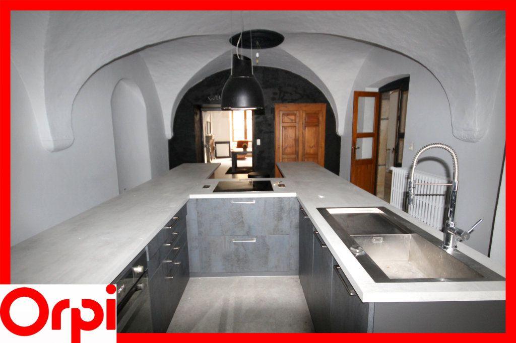 Maison à vendre 9 273m2 à Ardes vignette-3