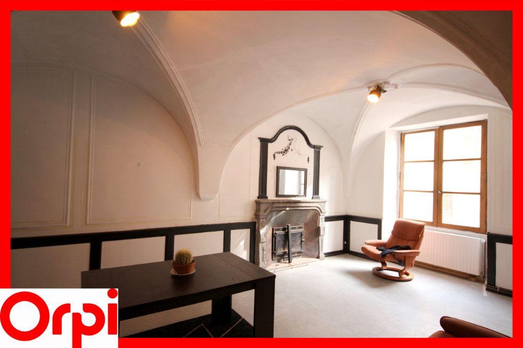 Maison à vendre 9 273m2 à Ardes vignette-5