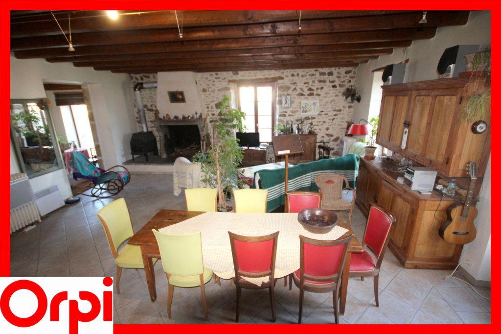 Maison à vendre 8 197.2m2 à Lamontgie vignette-3
