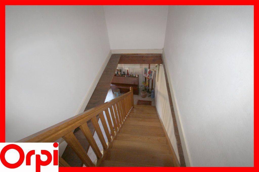 Maison à vendre 8 197.2m2 à Lamontgie vignette-9