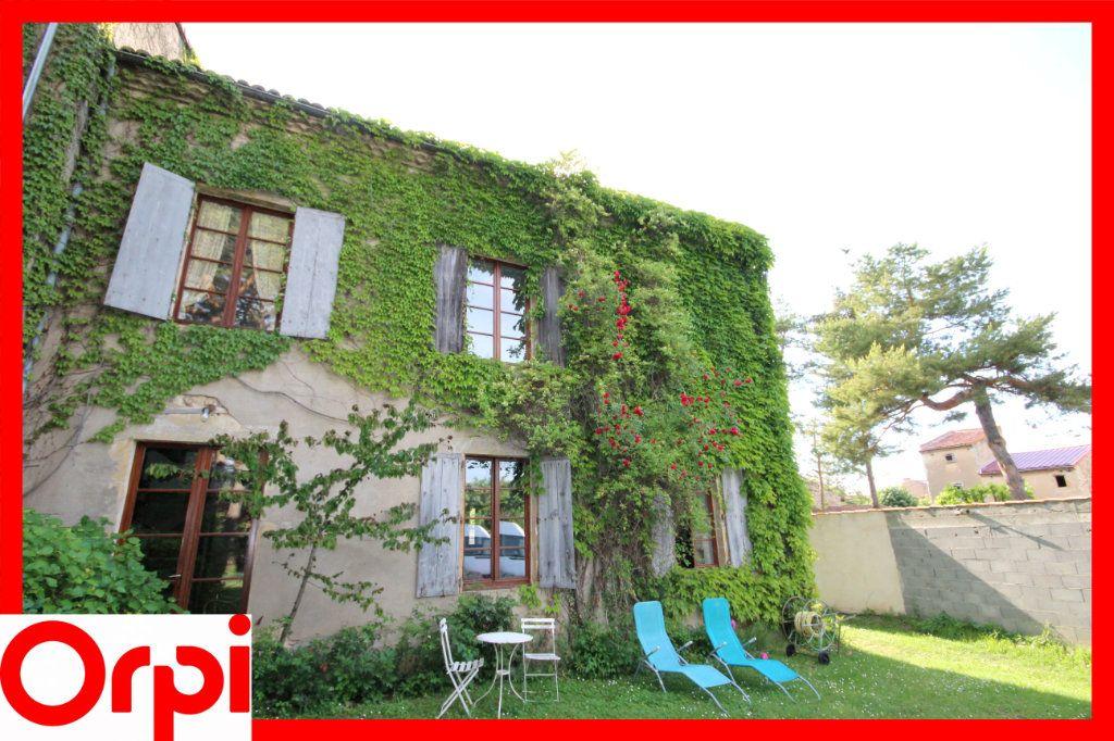 Maison à vendre 8 197.2m2 à Lamontgie vignette-12