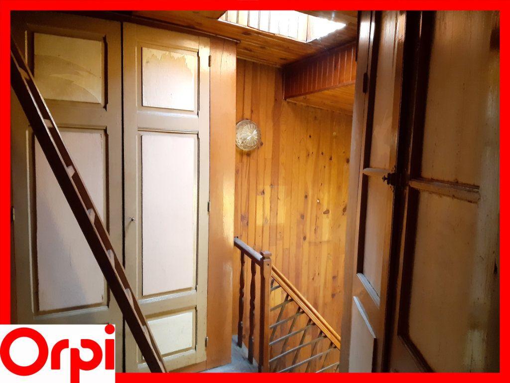 Maison à vendre 5 100m2 à Sauxillanges vignette-7