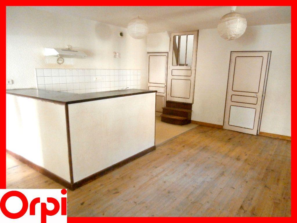 Maison à vendre 4 73.1m2 à Sauxillanges vignette-1