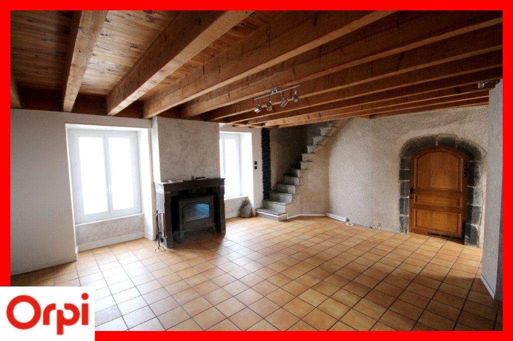 Maison à vendre 4 104m2 à Solignat vignette-4