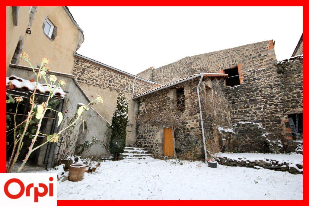 Maison à vendre 4 104m2 à Solignat vignette-9
