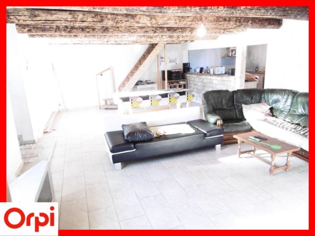 Maison à vendre 6 140m2 à Chaumont-le-Bourg vignette-2