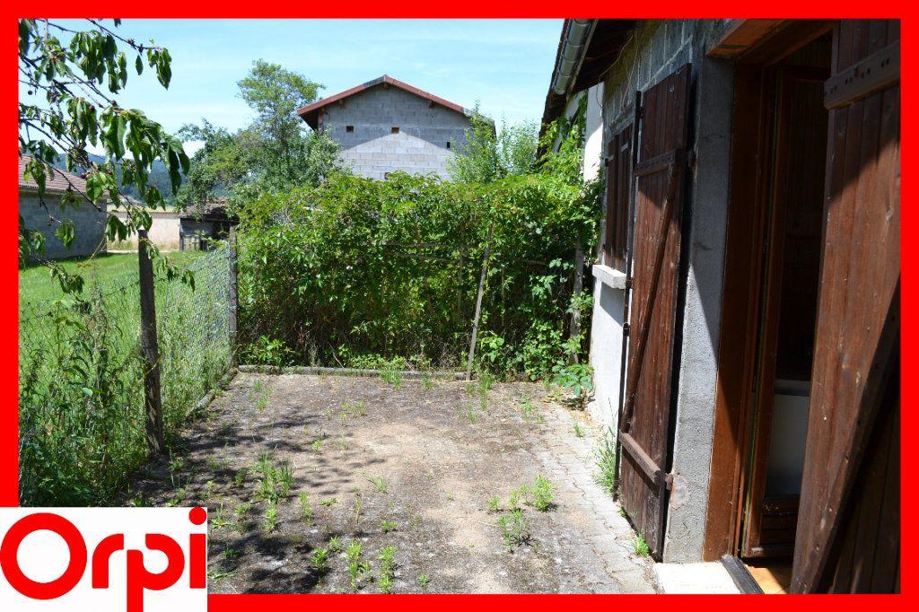 Maison à vendre 3 57.21m2 à Ambert vignette-2