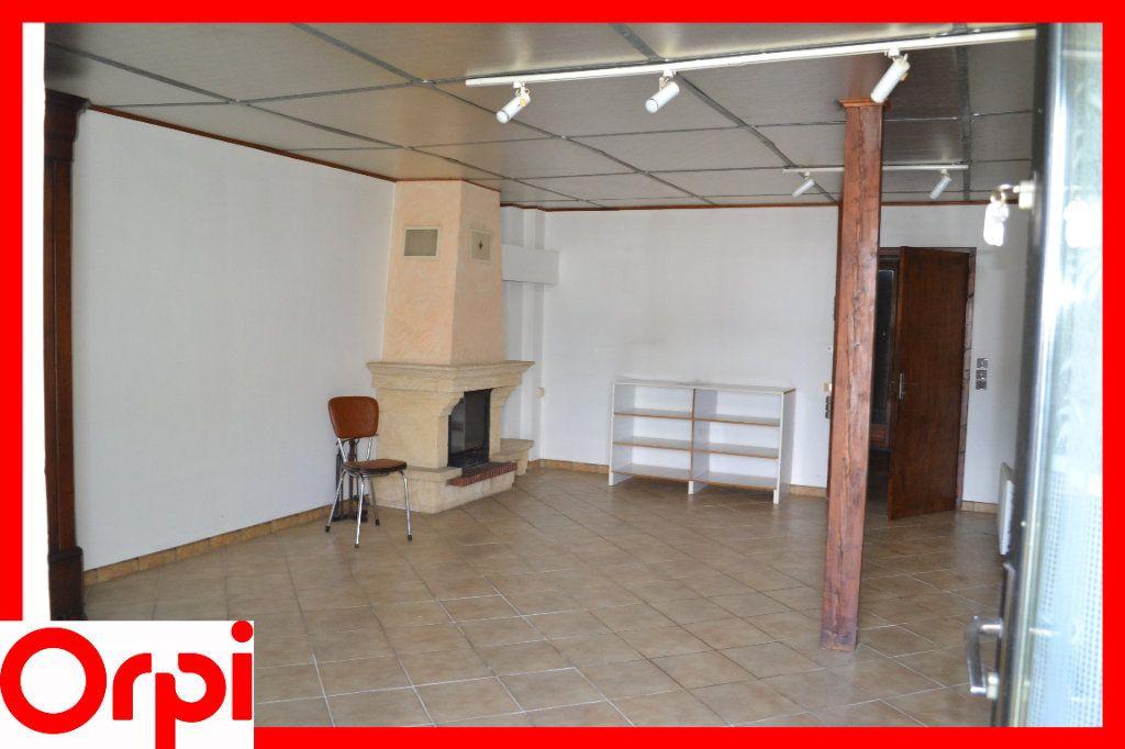 Maison à vendre 3 57.21m2 à Ambert vignette-3
