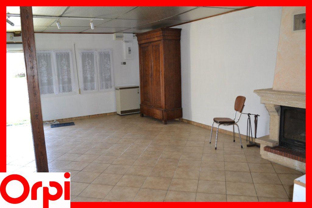 Maison à vendre 3 57.21m2 à Ambert vignette-4