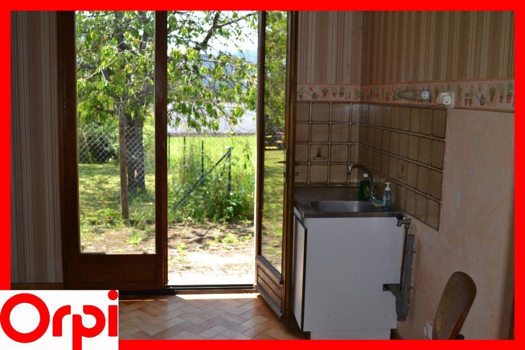 Maison à vendre 3 57.21m2 à Ambert vignette-5