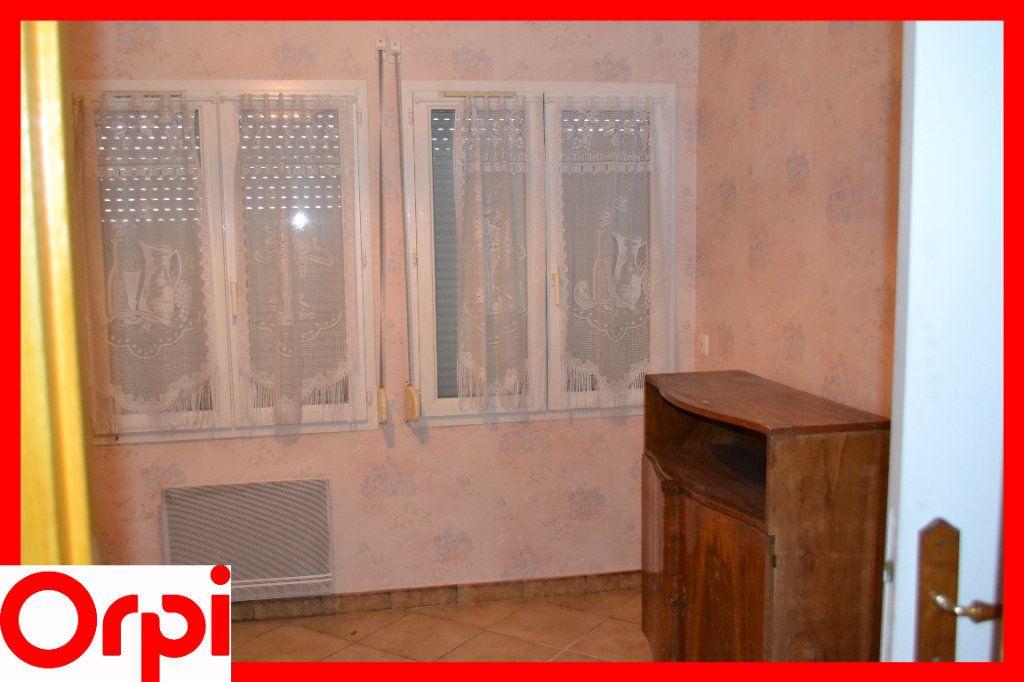 Maison à vendre 3 57.21m2 à Ambert vignette-6