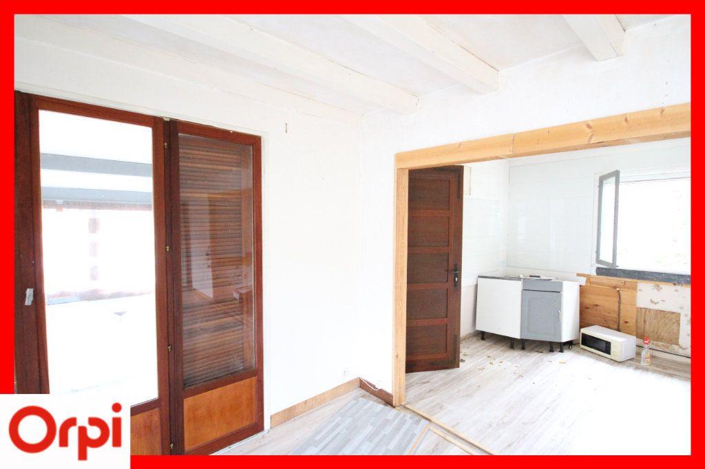 Maison à vendre 4 63.25m2 à Ardes vignette-6