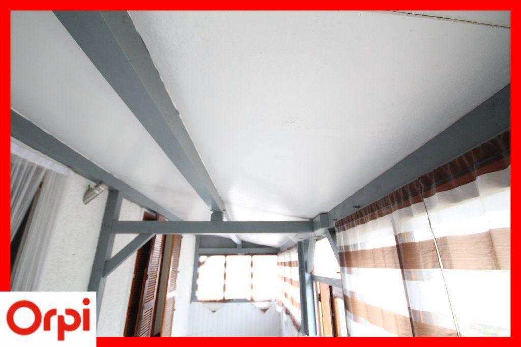 Maison à vendre 4 63.25m2 à Ardes vignette-9