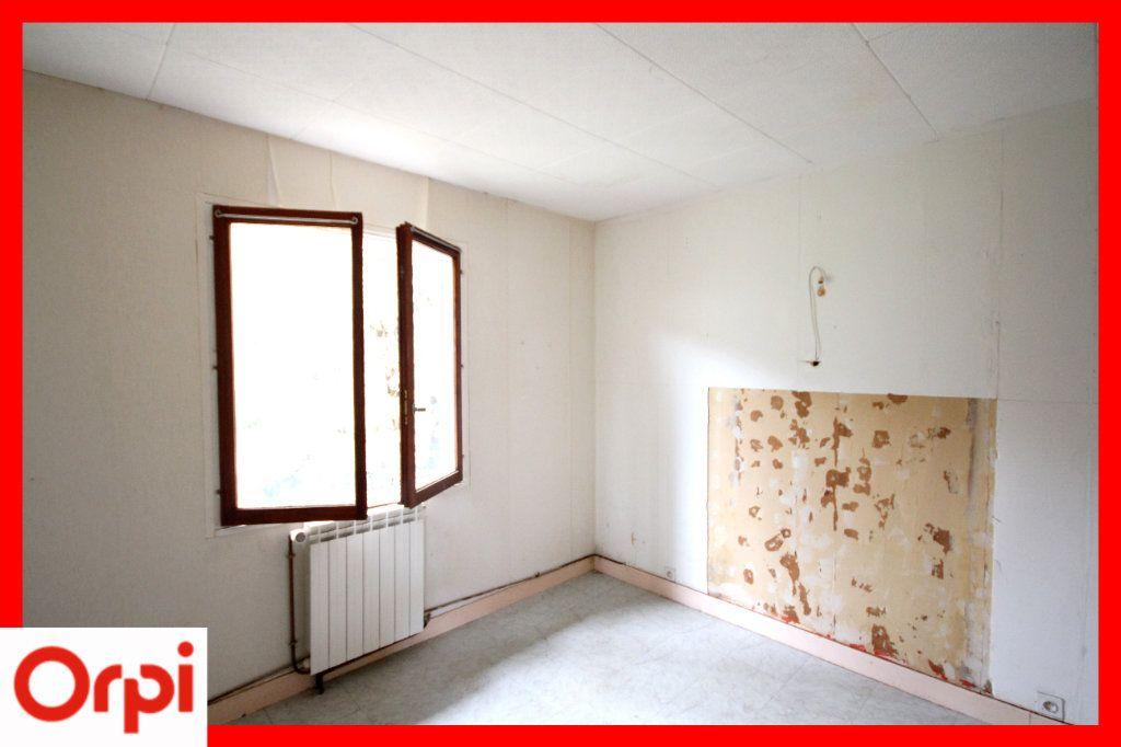 Maison à vendre 4 63.25m2 à Ardes vignette-10