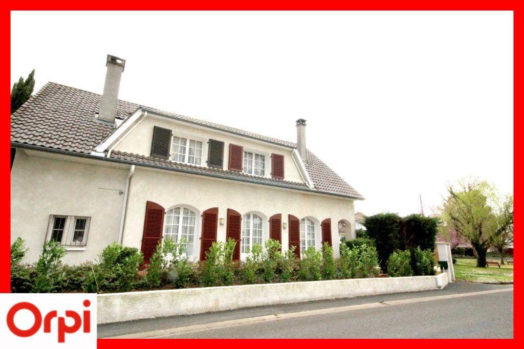 Maison à vendre 8 177m2 à Issoire vignette-2