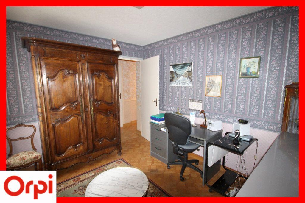 Maison à vendre 8 177m2 à Issoire vignette-5