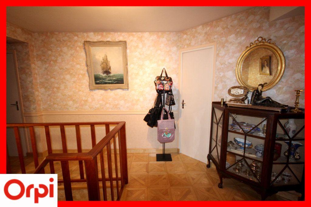 Maison à vendre 8 177m2 à Issoire vignette-10