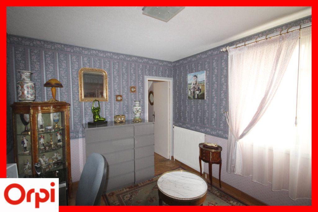 Maison à vendre 8 177m2 à Issoire vignette-11