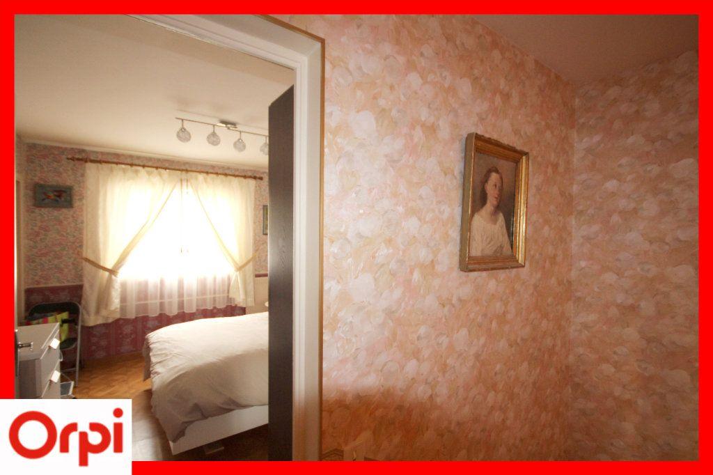 Maison à vendre 8 177m2 à Issoire vignette-13