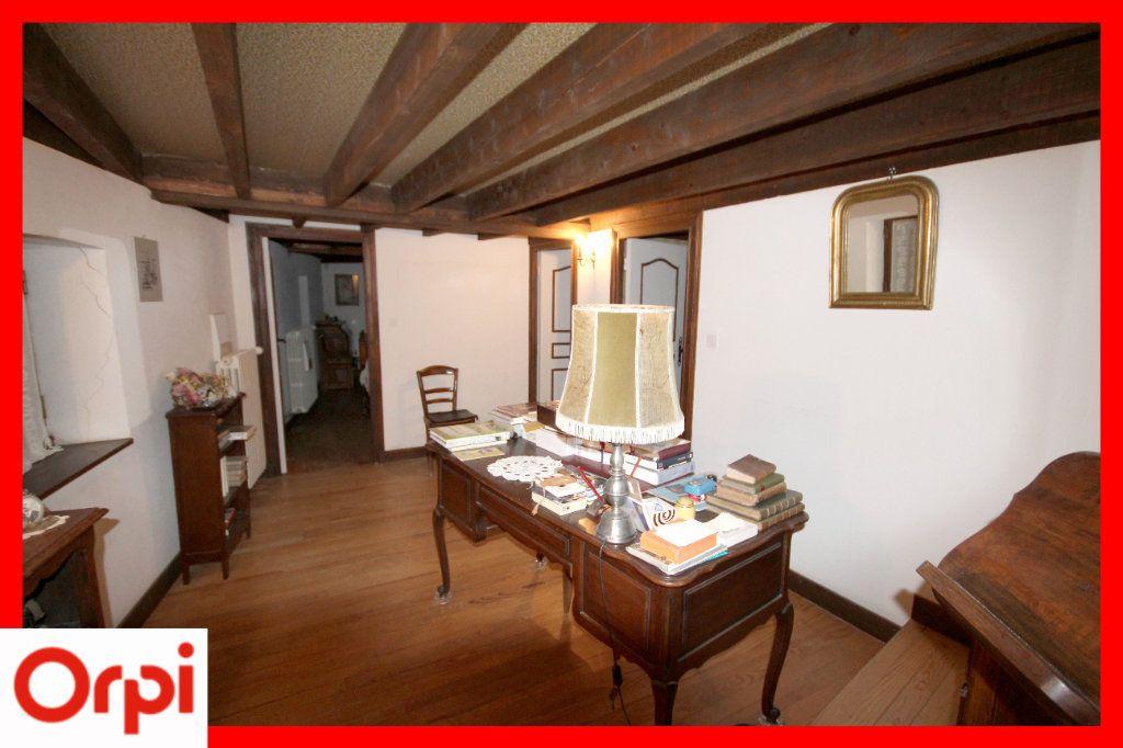 Maison à vendre 7 164m2 à Lamontgie vignette-6