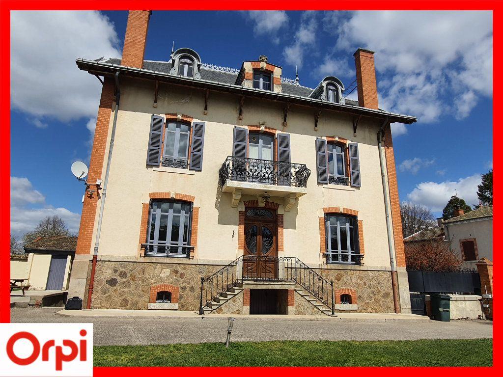 Maison à vendre 15 308m2 à Marsac-en-Livradois vignette-2