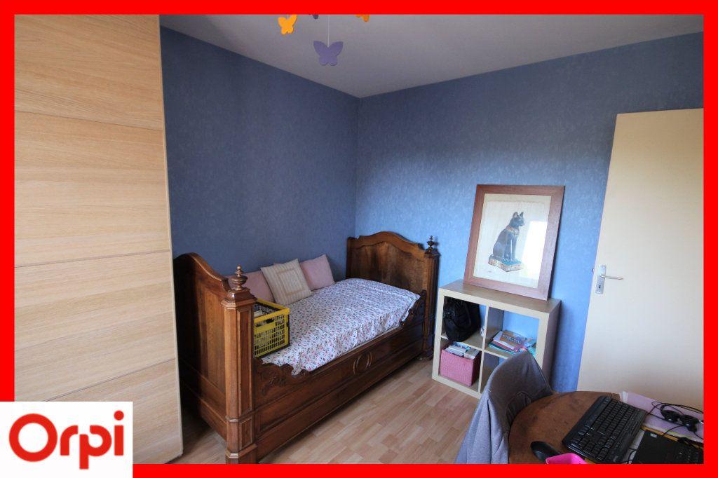 Maison à vendre 8 150m2 à Laps vignette-10