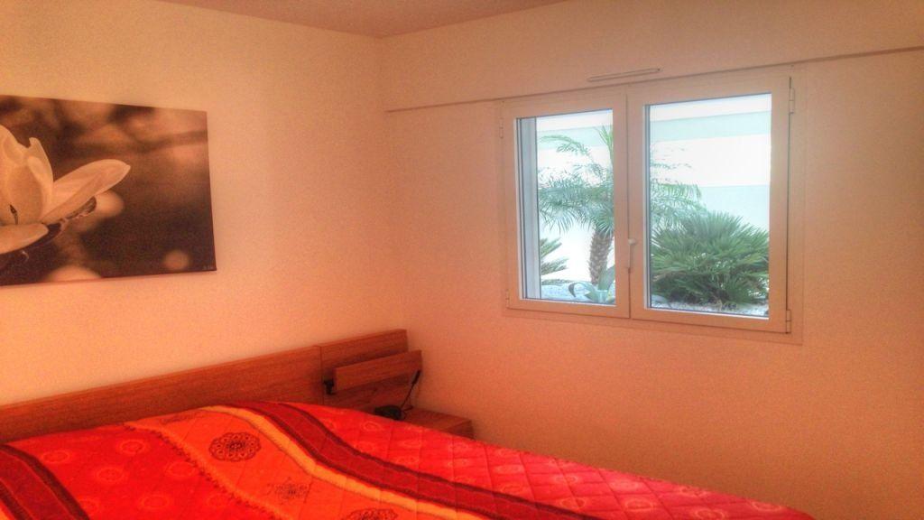 Appartement à louer 2 43m2 à Golfe Juan - Vallauris vignette-5
