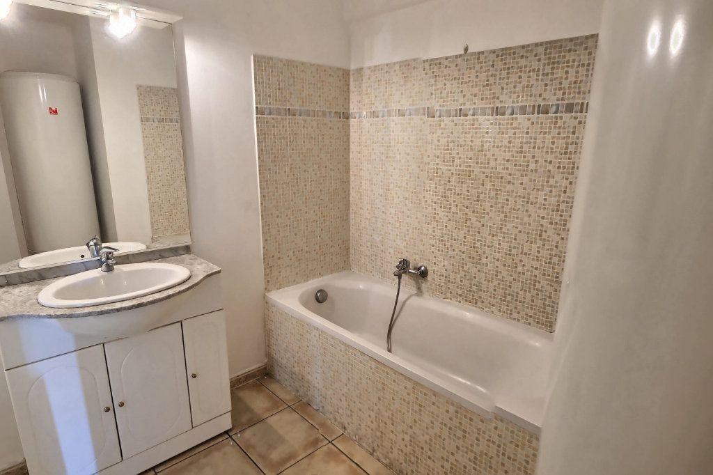 Appartement à louer 2 40m2 à Golfe Juan - Vallauris vignette-4