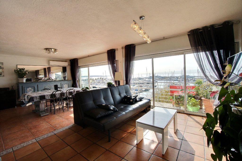 Appartement à vendre 3 87m2 à Golfe Juan - Vallauris vignette-3