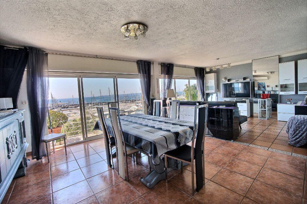 Appartement à vendre 3 87m2 à Golfe Juan - Vallauris vignette-4