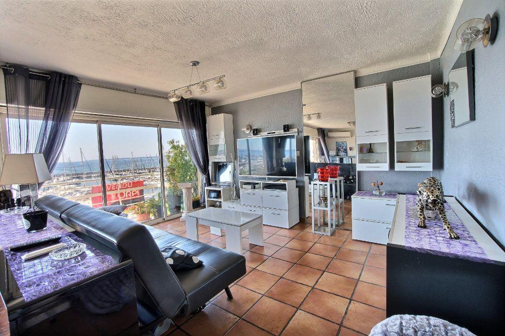 Appartement à vendre 3 87m2 à Golfe Juan - Vallauris vignette-5