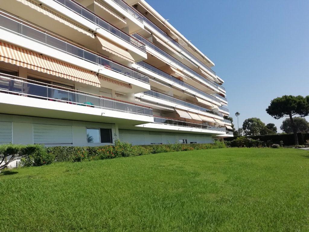 Appartement à vendre 1 20m2 à Vallauris vignette-2