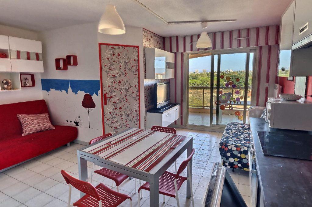 Appartement à louer 2 32m2 à Golfe Juan - Vallauris vignette-1